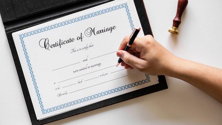 Sezon ślubny wpełni – uzyskaj online odpis aktu małżeństwa